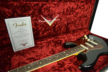 Fender Custom Shop Postmodern Stratocaster HSS Journeyman Relic in Aged Black XN11584