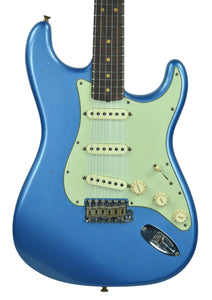 Fender® Custom Shop 63 Stratocaster Journeyman Relic in Lake Placid Blue SN R93329