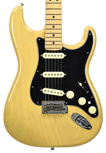 Fender Deluxe Stratocaster Vintage Blonde MX19011541 - The Music Gallery