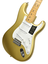Fender® American Original '50s Stratocaster® in Aztec Gold | Front Right