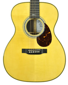 Martin OMJM Acoustic Guitar in Natural 2349887