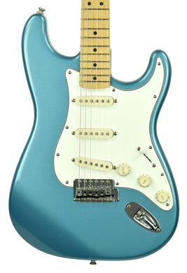 Used Fender Squier Series Stratocaster MIM in Lake Placid Blue MN893231