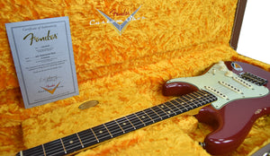 Fender Custom Shop 1961 Strat Relic in Cimarron Red | case open | the music gallery