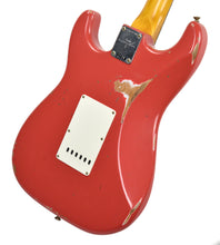 Fender Custom Shop Stratocaster 1961 Relic in Fiesta Red back angle 2