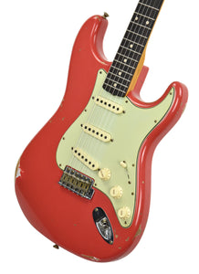Fender Custom Shop Stratocaster 1961 Relic in Fiesta Red front angle 2