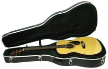 Martin OM-28 Acoustic Guitar in Natural 2364146