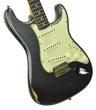 Fender Custom Shop 1961 Stratocaster Relic in Charcoal Frost Metallic CZ549672