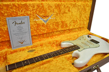 Fender Custom Shop 63 Stratocaster Journeyman Relic in Aged Olympic White R107988