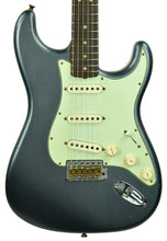 Fender Custom Shop 63 Stratocaster Journeyman Relic in Charcoal Frost Metallic R105289