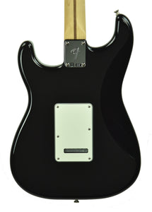 Fender Player Stratocaster Electric Guitar in Black MX19233684