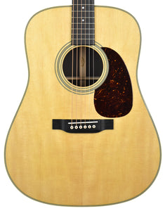 Martin D-28 Acoustic Guitar in Natural 2432605