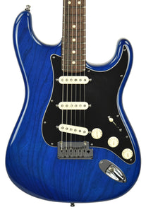 Used Fender Custom Shop Custom Deluxe Stratocaster in Sapphire Blue Trans R61895