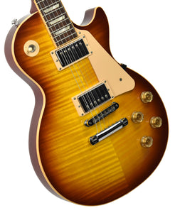 USED 2009 Gibson Les Paul Traditional Plus in Cherry Sunburst 009790638 | The Music Gallery | Front Angle 1