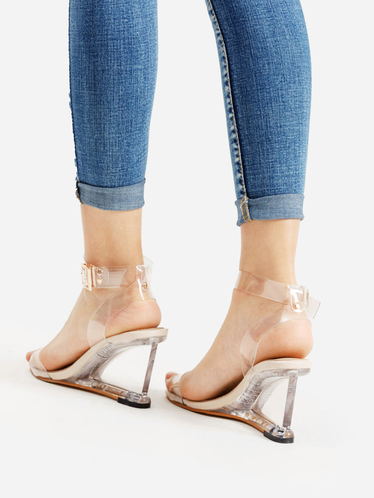 Metal Buckle Strappy Wedge Sandals (3)