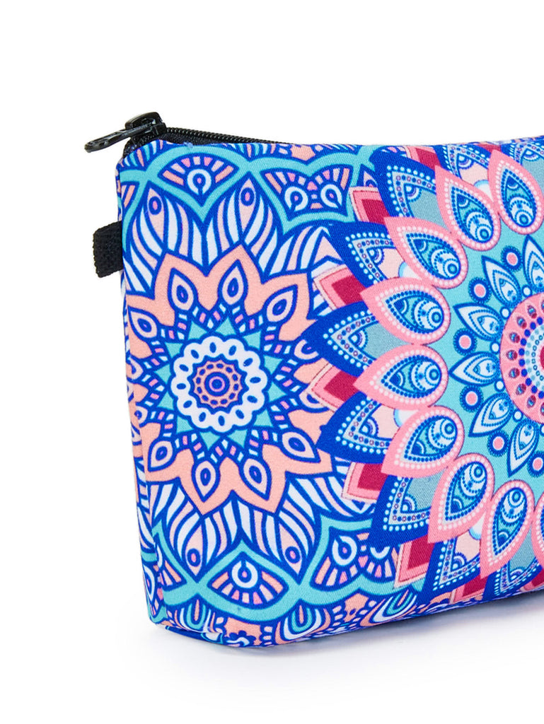 Graphic Print Zipper Pouch (2)