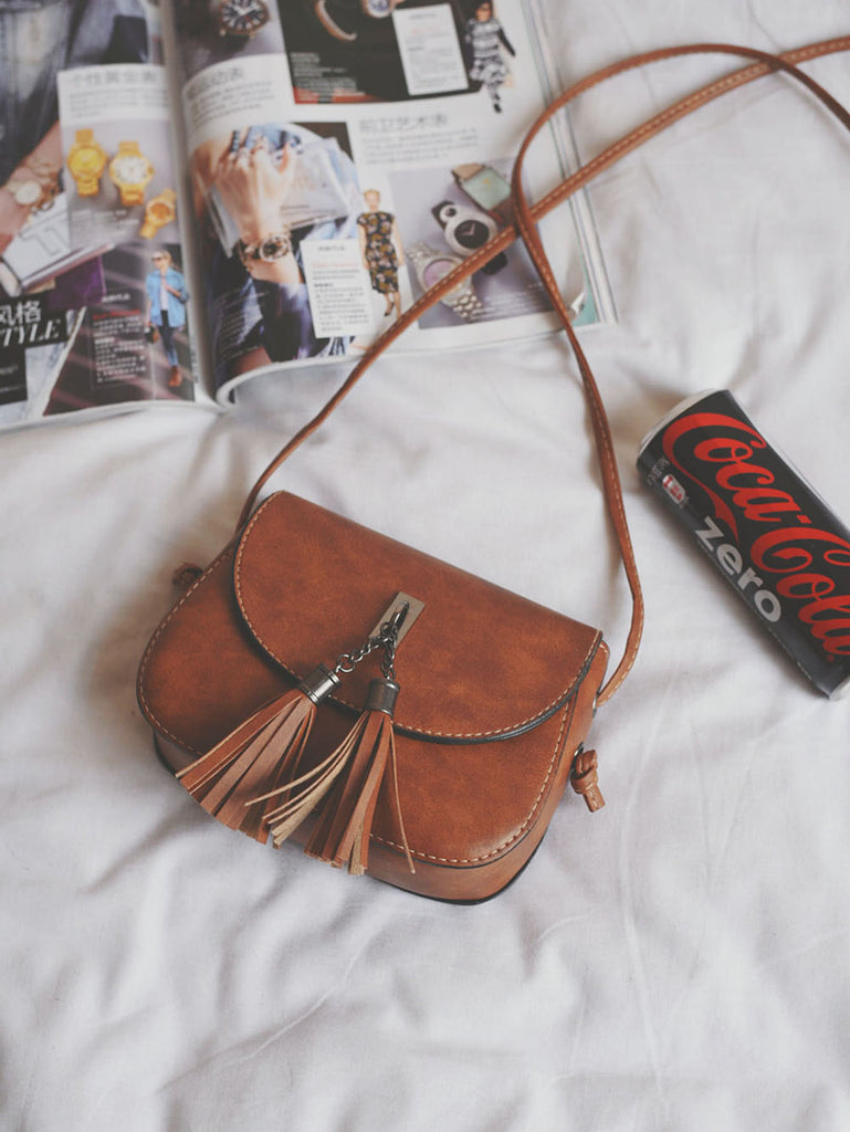 Double Tassel Flap PU Crossbody Bag (2)