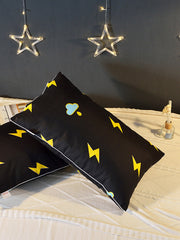 Contrast Lightning Print Pillow 1pc