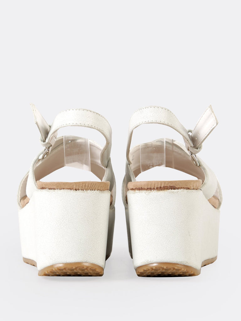 Crinkled Sling Back Wedge Sandal (3)