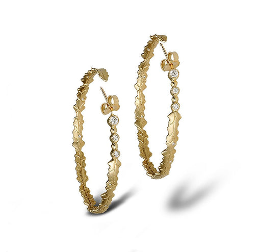 Fashionable Hoops in a circular wreath of satin finish leaves and diamonds