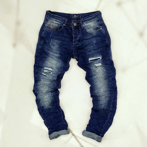 S137. Jeans