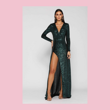 Load image into Gallery viewer, Elle Zeitoune | Fontaine Sequin Gown | Emerald Green