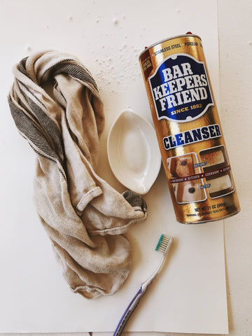 Jewelry cleaning supplies
