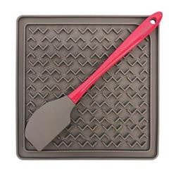 Messy Mutt - Therapeutic Feeding/Lick Mat with Spatula for Dogs & Cats