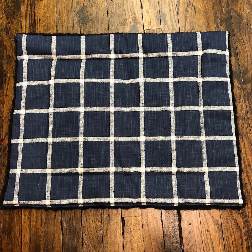 Crate Travel Mat for dogs- navy white grid