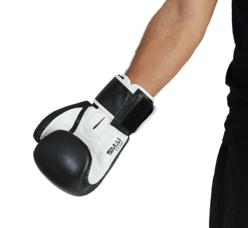 Essential boxing gloves