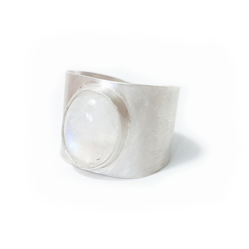 Moonstone Thick-Banded Ring