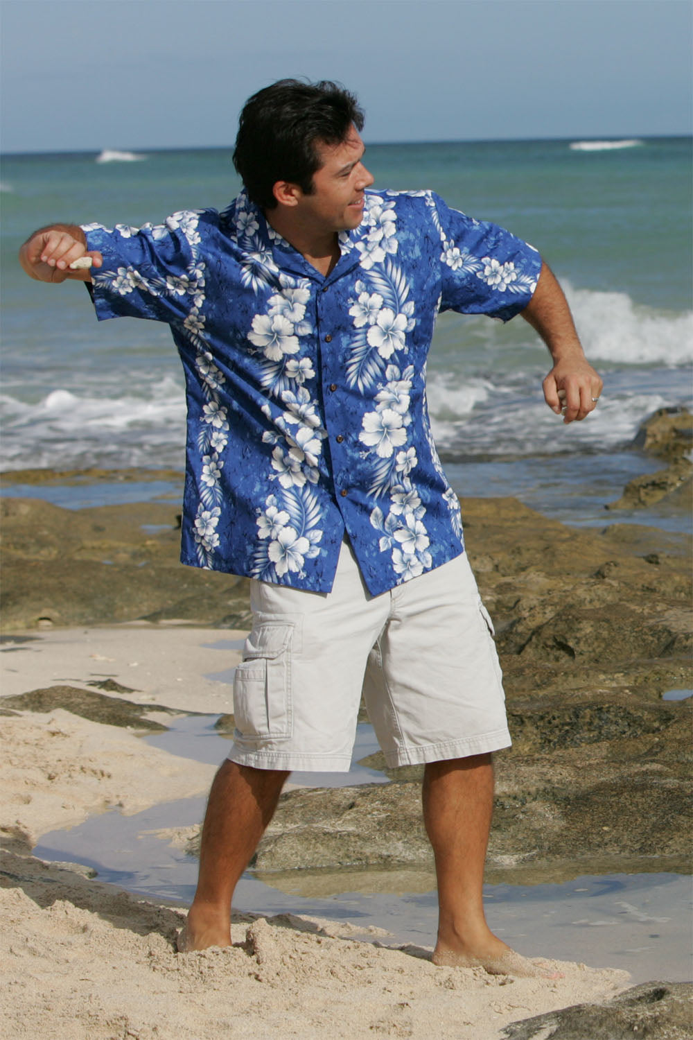 Dave rock skipping in 100% cotton Aloha shirt