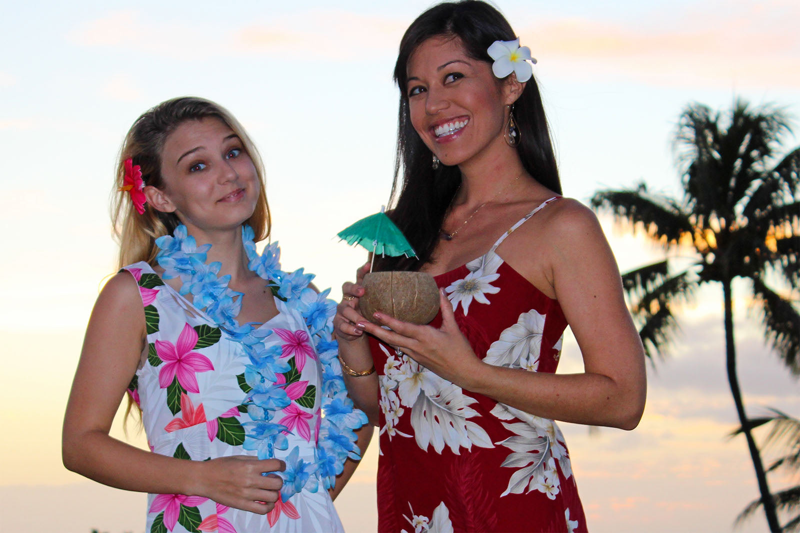 3 simple rules to having a great hawaiian party alohafunwear use cheap fake flower leis if you dont have the budget for real flower izmirmasajfo