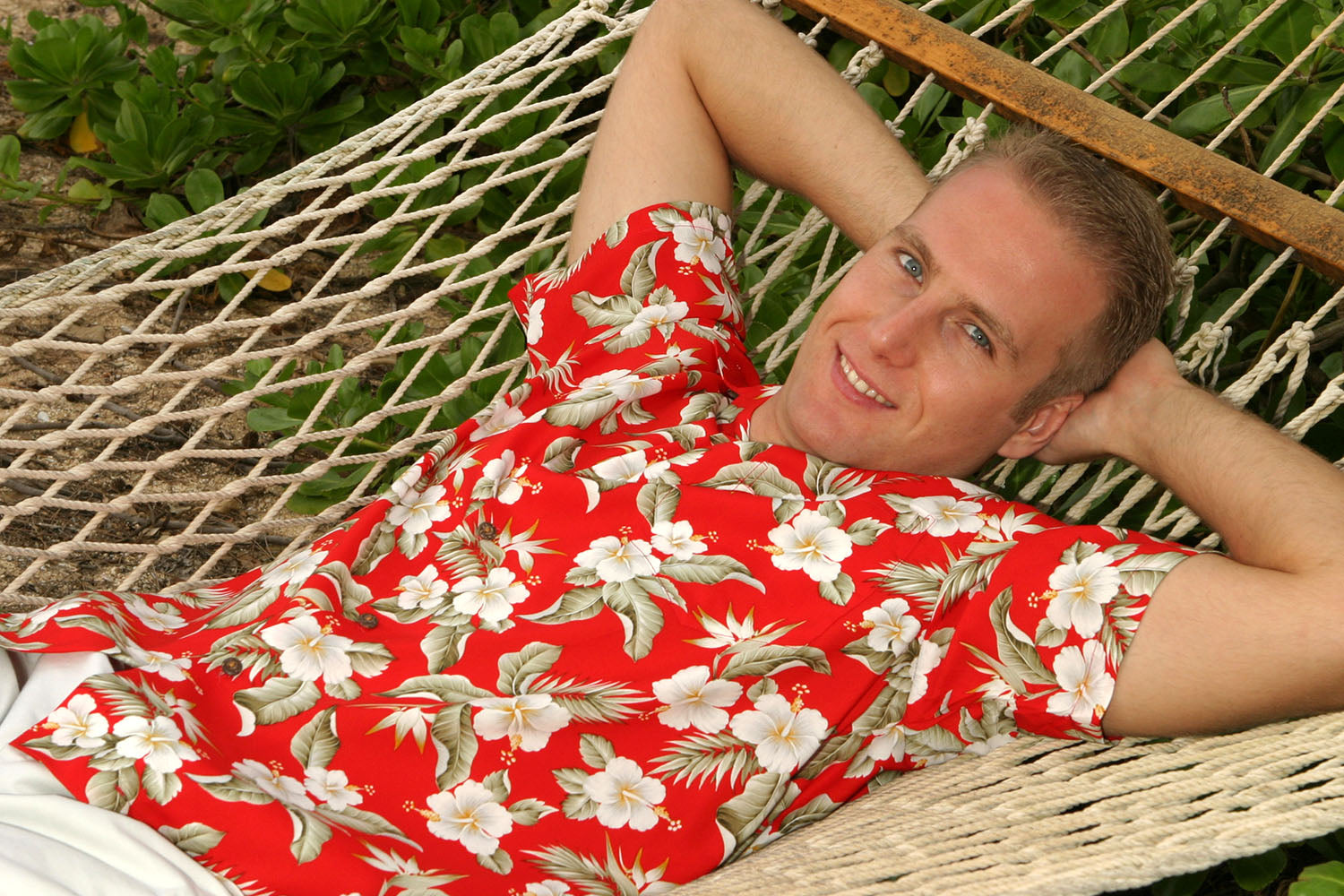 red Paradise Garden Hawaiian shirt