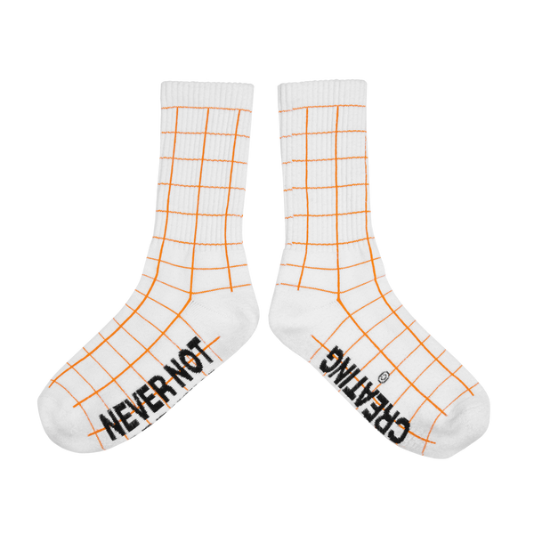 STUDIO SOCKS (WHITE)