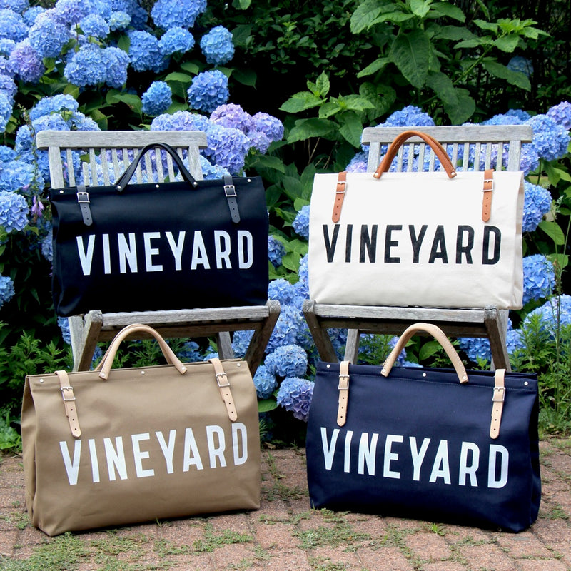 VINEYARD Black Utility Bag