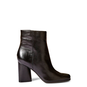Guess Authentic Women's Ankle Boot - 4062085480512