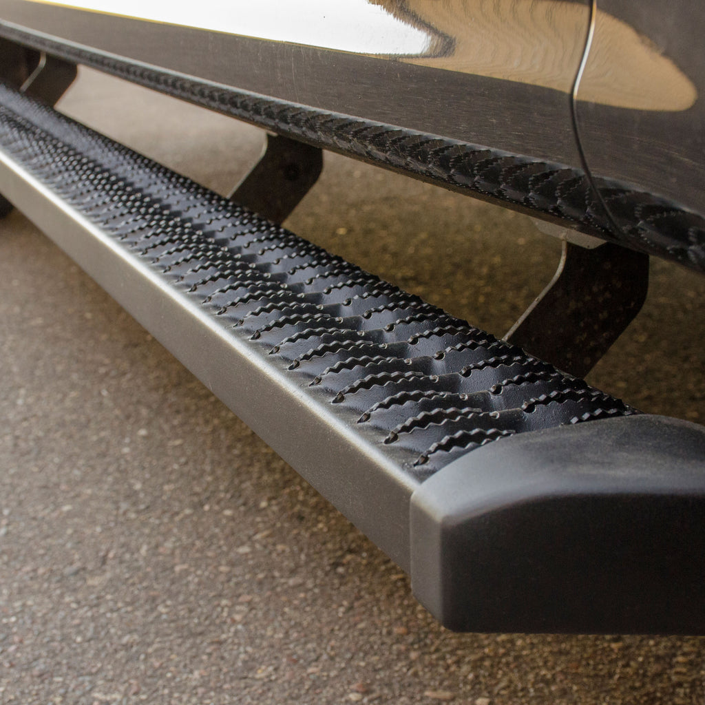 "SlimGrip 5"" x 78"" Black Aluminum Running Boards, Select Silverado, Sierra Ext 416078-4055105 Luverne"