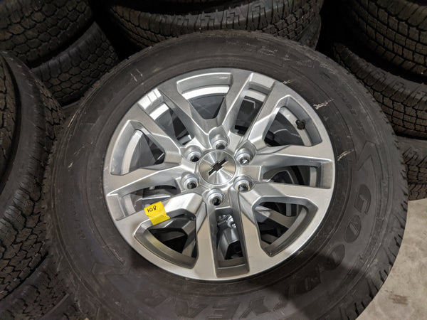 "2020 CHEVY SILVERADO SUBURBAN TAHOE 18"" OEM TIRES AND WHEELS"