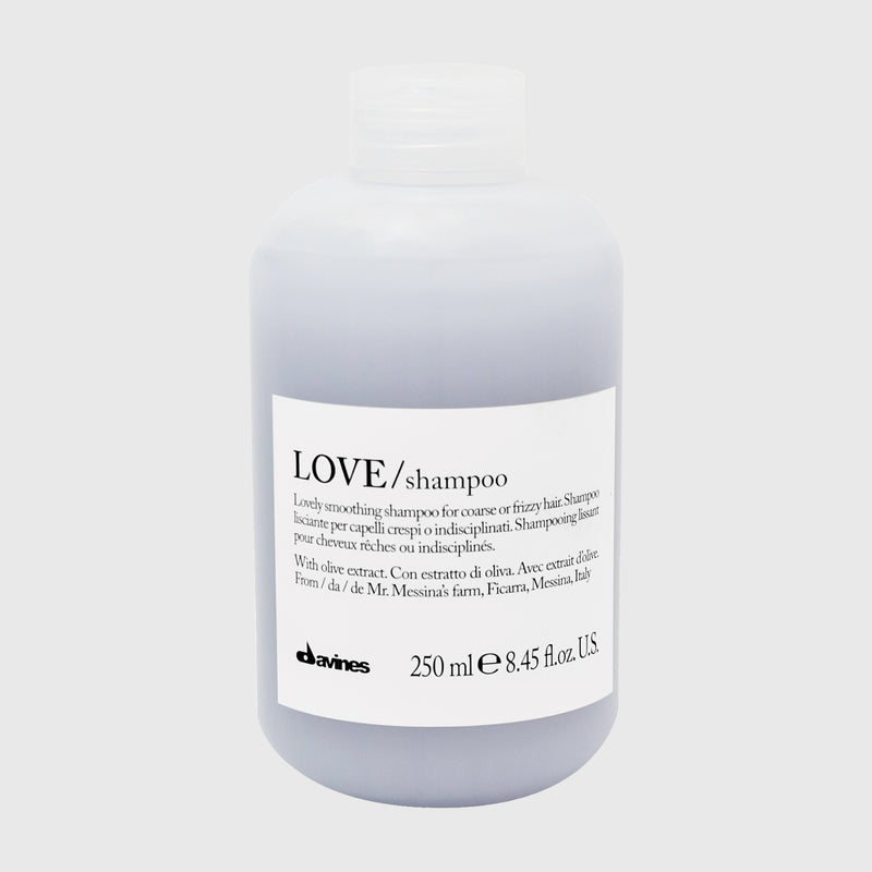 LOVE SMOOTHING SHAMPOO