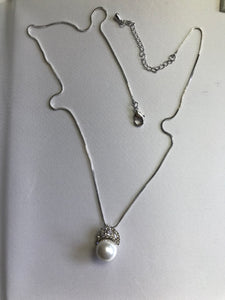23-JM-JA05052, Faux Pearl Zircon Necklace ($26.40 for 12)