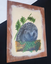 Load image into Gallery viewer, Woodland life: Hedgehog Hello