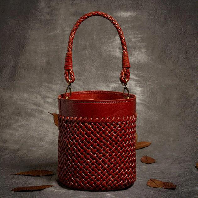 Why: A Hand-Woven Leather Handbag Is So Expensive, How Is It Made