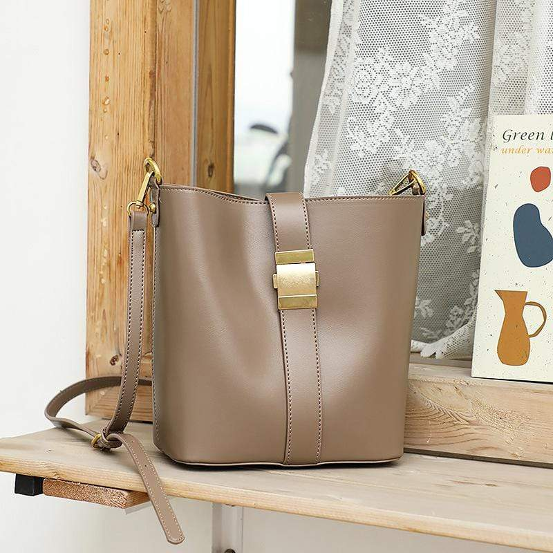 Obangbag Khaki Women Simple Vintage Roomy Leather Bucket Bag Bag Set Shoulder Bag for Work