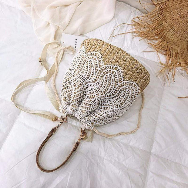 Obangbag Summer Lace Rattan Straw Leaf Woven Bucket Handbag Beach Bag for Ladies