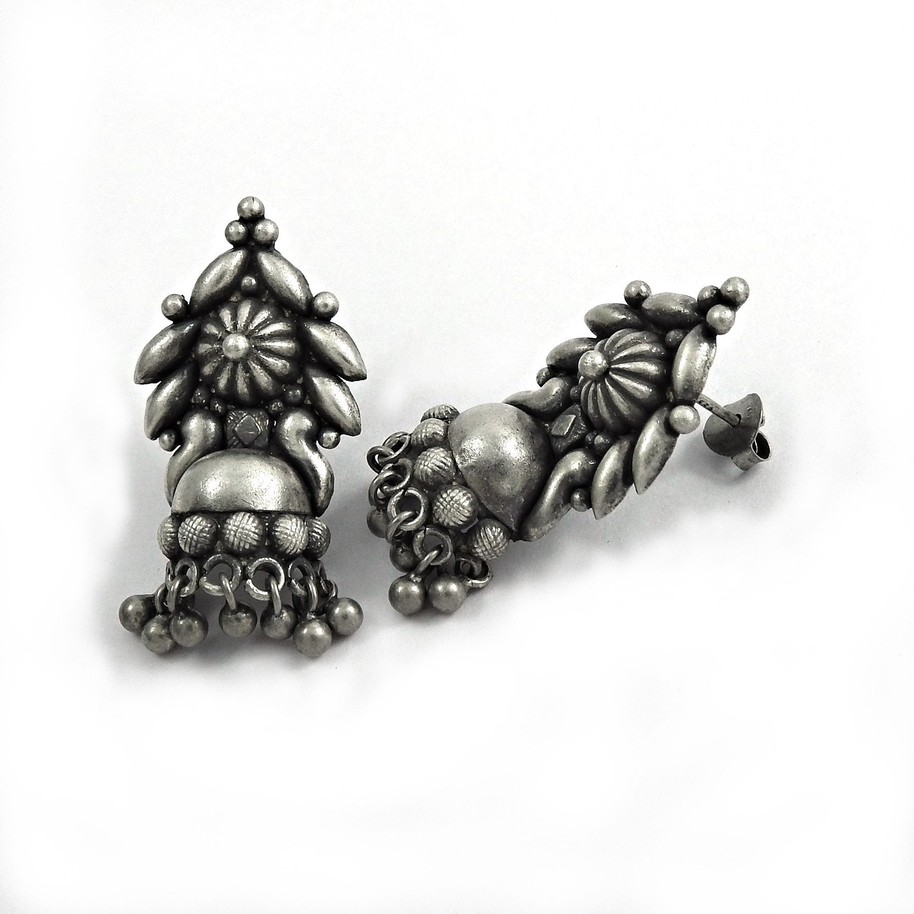 Antique Handmade Oxidized 925 Sterling Silver Earring