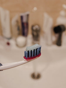 Toothpaste Ingredients: 8 That You Need To Avoid!