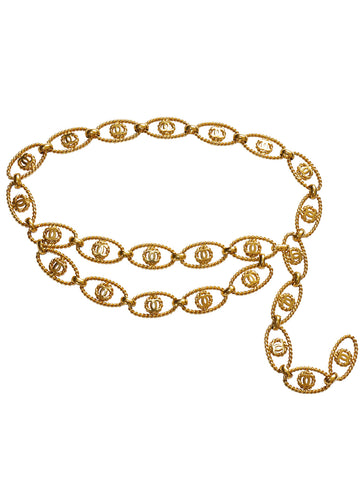 Sold - CHANEL 1980s Vintage Chain Belt Or Necklace Gold Size S