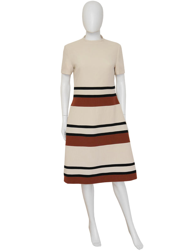 Sold - LOUIS FÉRAUD 1960s Vintage Mod Dress Beige Size M