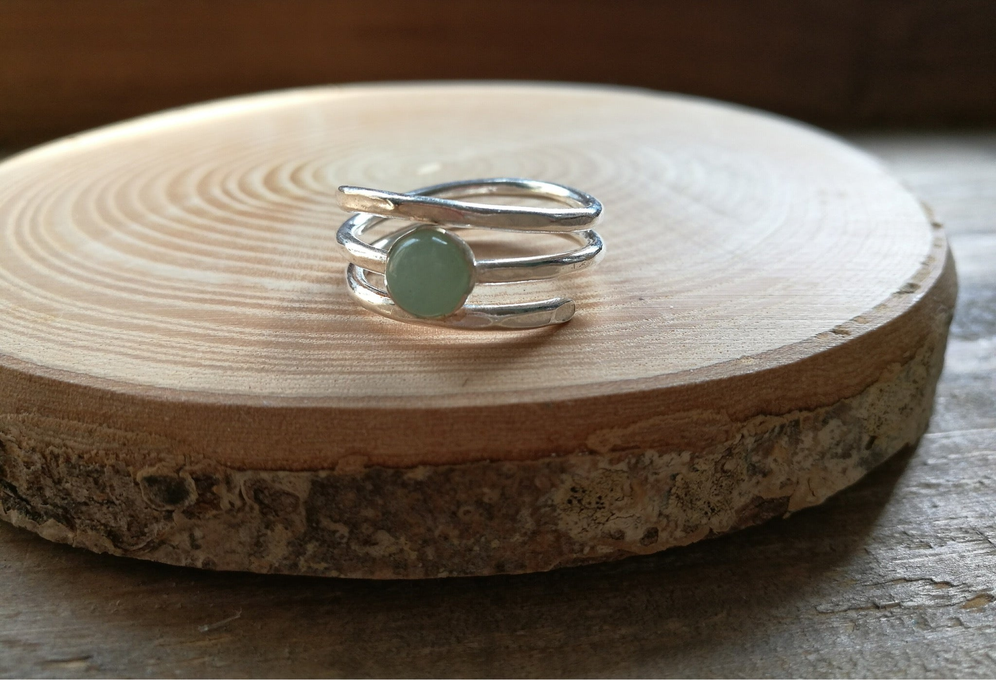 Sterling Silver and Green Aventurine twist ring, bezel set cabochon gemstone, boho style handmade ring