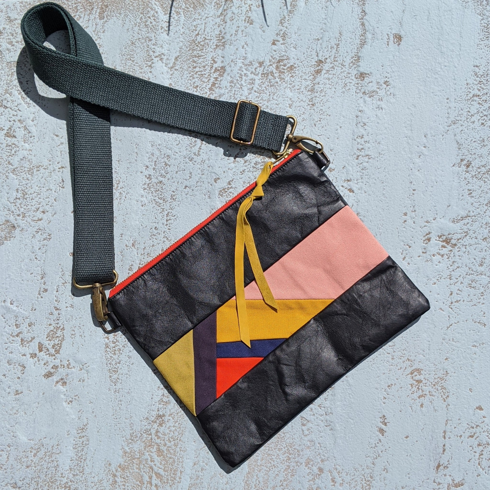 Festival Crossbody - Black
